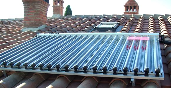 Pannello Solare A Gas : Caldaia e pannelli solari